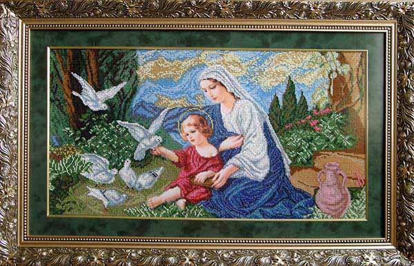 Богородиця і голуби